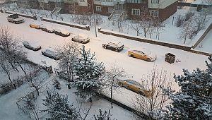 Erzurum'da kar yağışı: 200 köy ve mahalle yolu kapandı