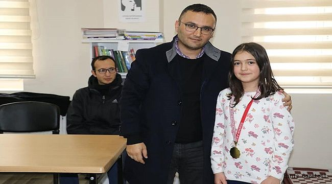 Hınıs Belediyesi Satranç Turnuvası Düzenledi