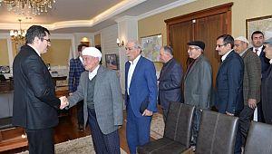 Karaçoban'ın Kanaat Önderlerinden Vali Memiş'e Ziyaret