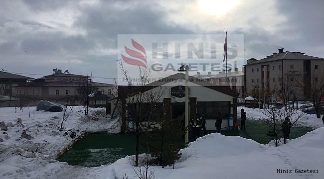 Hınıs Belediyesi Sosyal Tesisleri Yandı