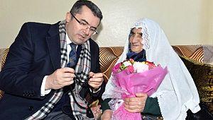 Vali Memiş'ten 91 Yaşındaki Şehit Annesine Ziyaret