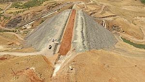 Hınıs Başköy Barajında Çalışmalar Devam Ediyor...