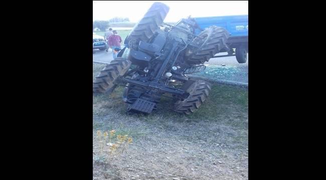 Hınıs'ta Trafik Kazası! 1Kişi Yaralandı..